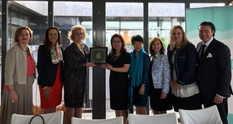 """ASEME celebra un encuentro empresarial con empresarias chinas de la """"China Women's Develop Fundation"""""""