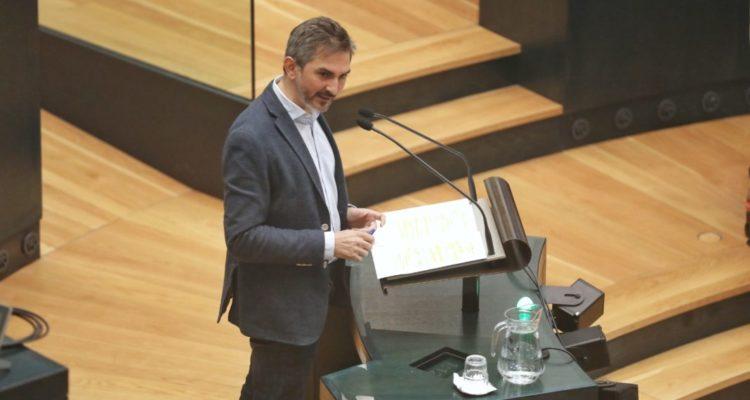 Aniorte confirma la apuesta del Ayuntamiento de Madrid en la lucha contra la soledad de los mayores